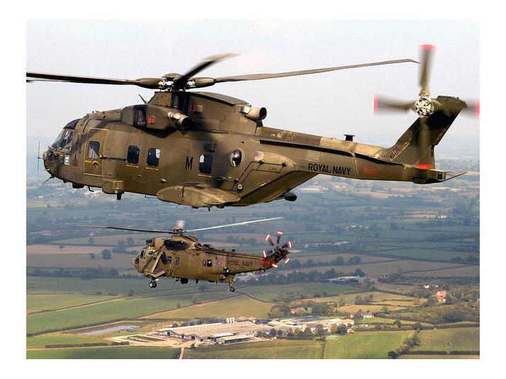 Merlin_Mk3_helicopter_in_formation_with_a_Royal_Navy_SeaKing_Mk_4__Picture_POAPhot_Mez_Merrill_16_sep_2014_large.jpg